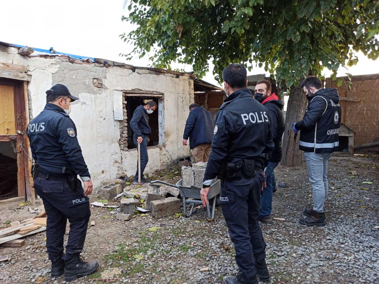 Ankara'da çukur operasyonu