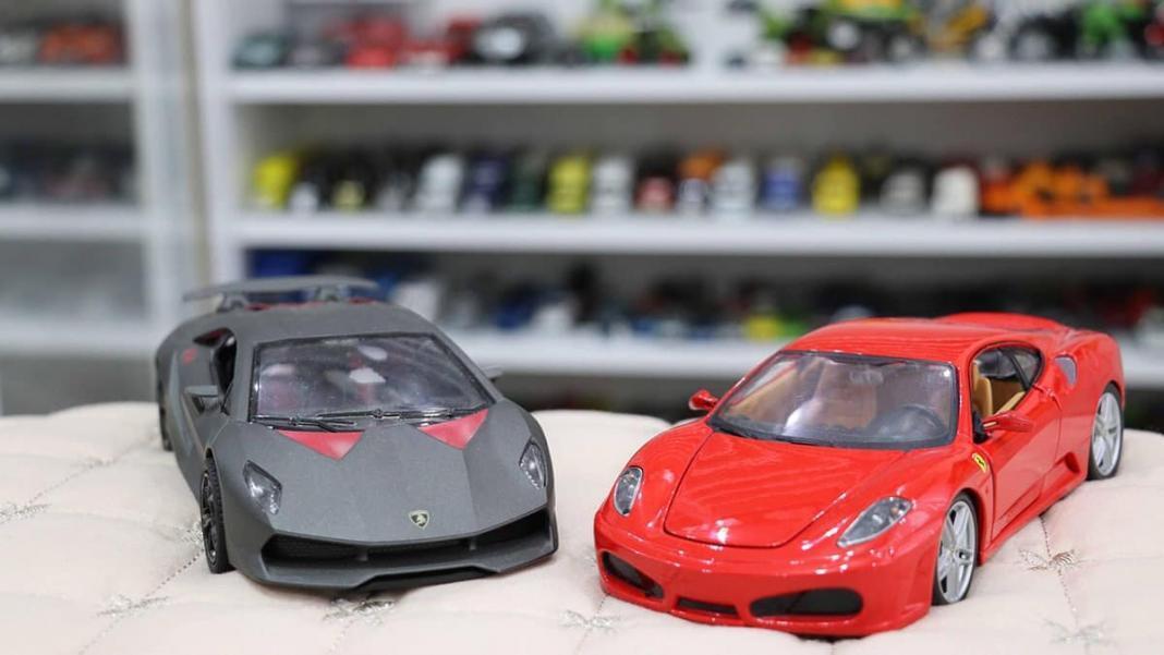 Koleksiyonundaki model otomobil sayısı 600