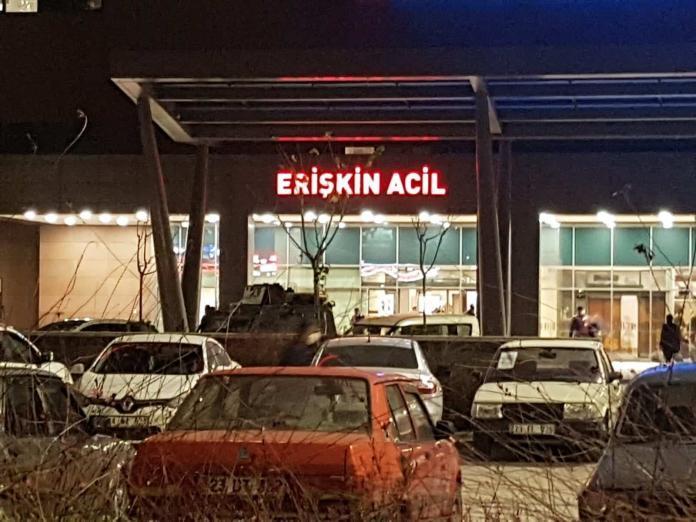 Tunceli'de patlama 4 asker yaralandı