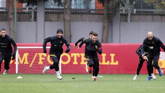 Galatasaray darıca gençlerbirliği maçı hazırlıklarına devam etti