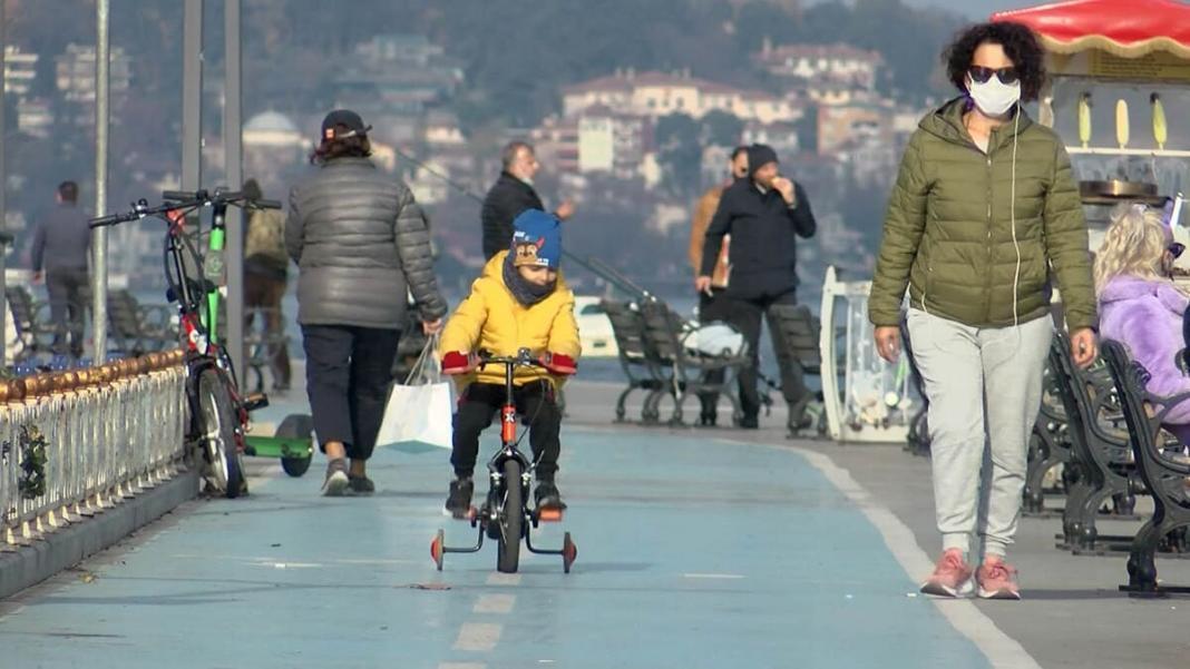 Bisiklet yolları kayganlaşarak kazalara davetiye çıkarıyor