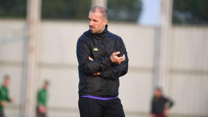 Bursaspor teknik direktörü mustafa er, genç ve gelişen bir takım olduklarını vurgulayarak,