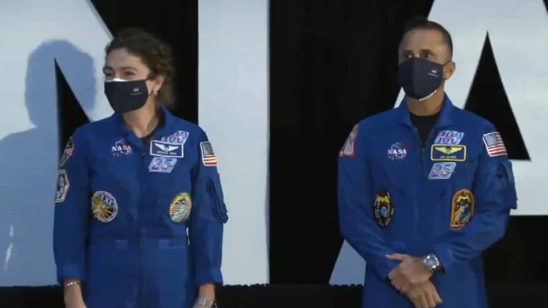 Ay'a seyahat edecek 18 astronotun isimleri yayınlandı