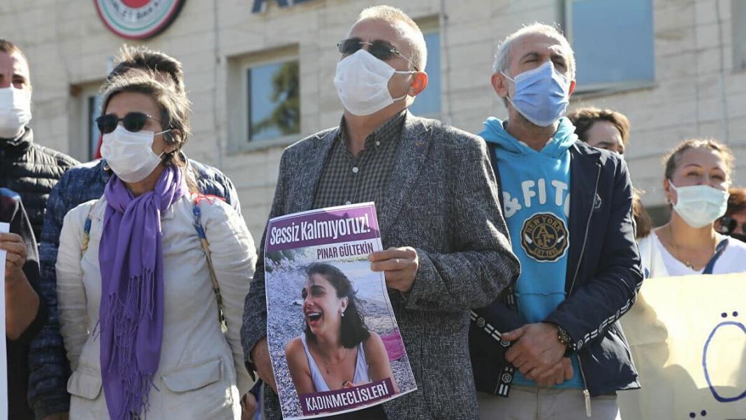 Pınar gültkekin'in babası duruşma salonunu terk etti