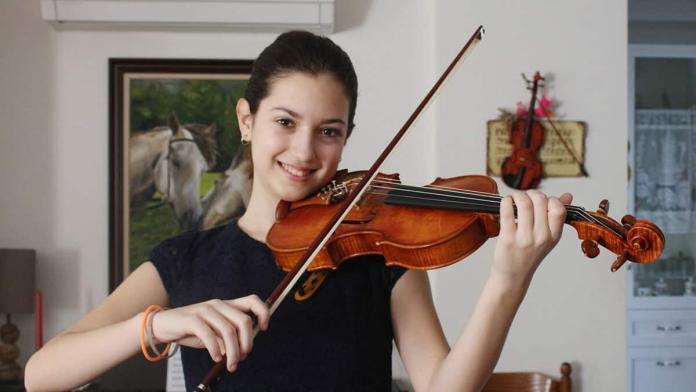 Irmak anne karnında müzikle tanıştı