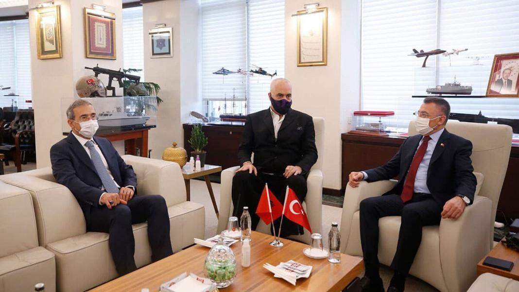 Oktay arnavutluk başbakanı ile ssb'yi ziyaret etti
