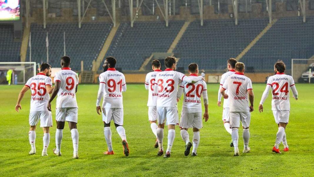 Samsunspor ilk yarıyı 33 puanla tamamladı