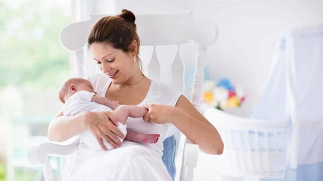 Anne sütündeki antikor bebeği koronadan koruyor
