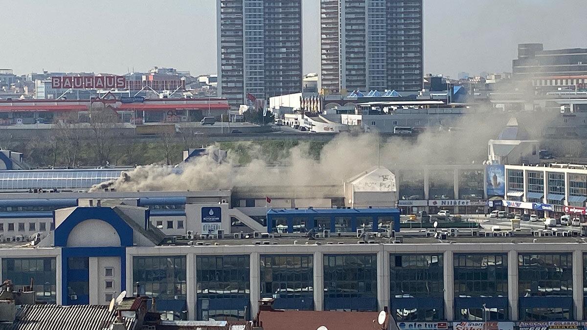 Bayrampaşa'da otogarda yangın