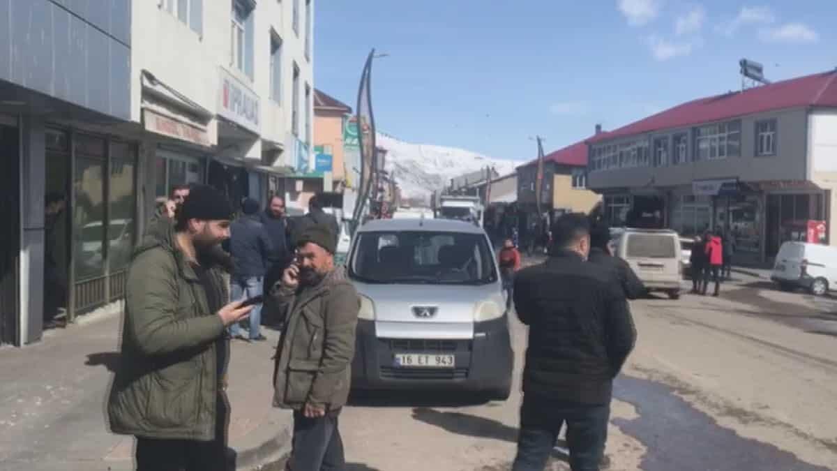 Bingöl'de 4. 1 büyüklüğünde deprem