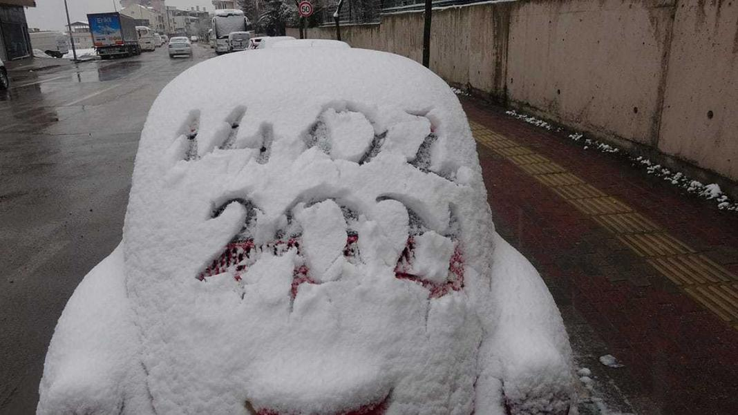 Bursa'da kar yağışı etkili oldu