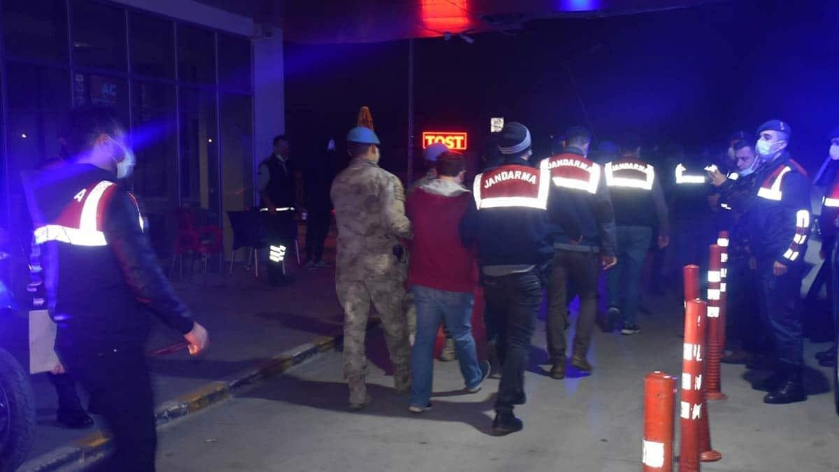 İzmir merkezli 53 ilde fetö operasyonu