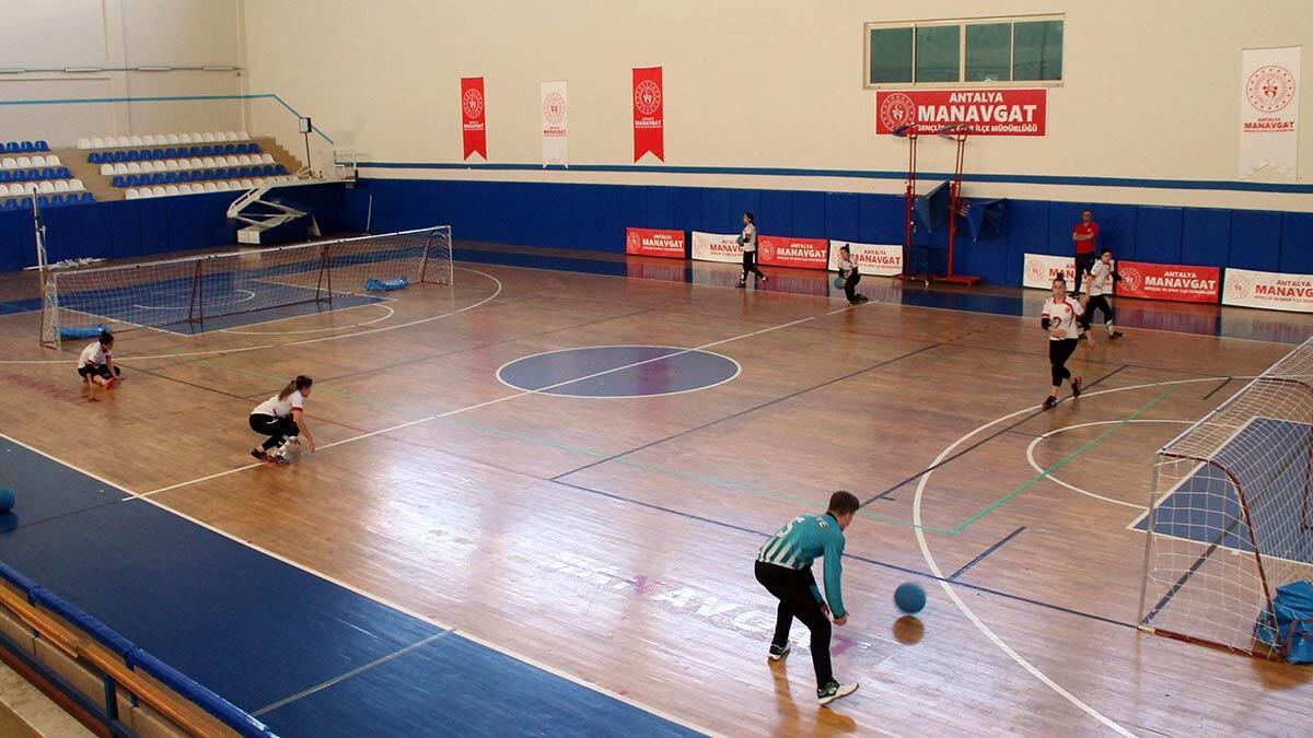 Goalball türkiye kadın milli takımı, 2021 tokyo paralimpik oyunları'na hazırlanmak amacıyla antalya'nın manavgat ilçesinde kampa girdi.