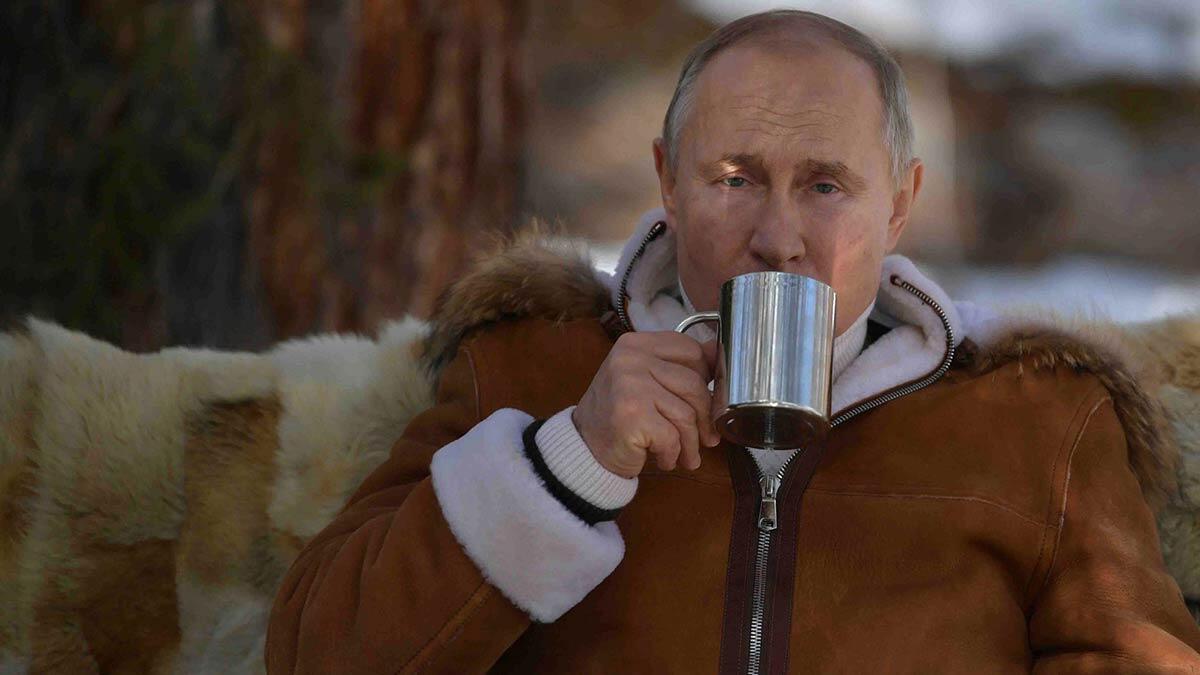 Putin yarın aşı olacağını duyurdu