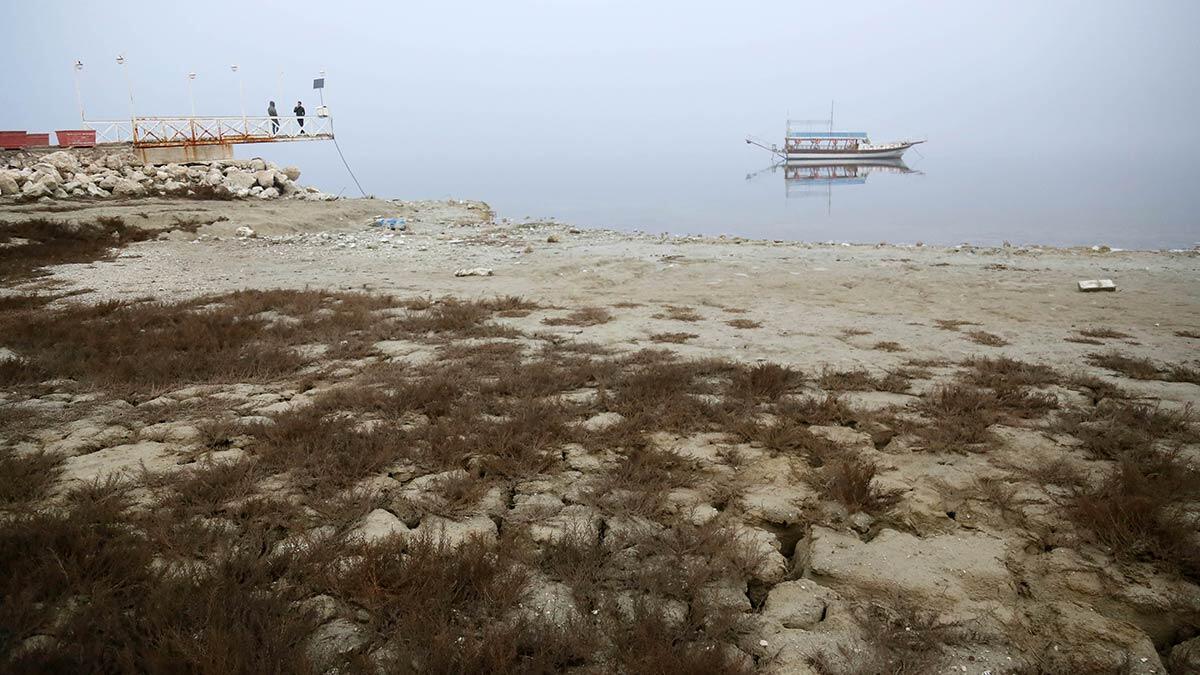 Ttkd bilim danışmanı ve göl uzmanı dr. Erol kesici, 30 yıldır her 22 mart günü kutlanan dünya su günü nedeniyle, özellikle son yıllarda yaşanan kuraklık tehlikeleri ve türkiye'de su kaynaklarında yaşanan sorunlara dikkati çekti.