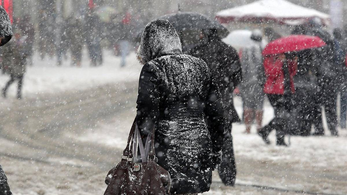 Marmara'ya kuvvetli sağanak ve kar uyarısı