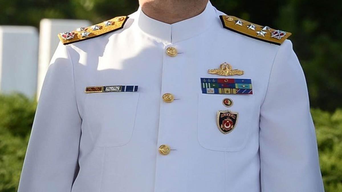 Amirallere gözaltı