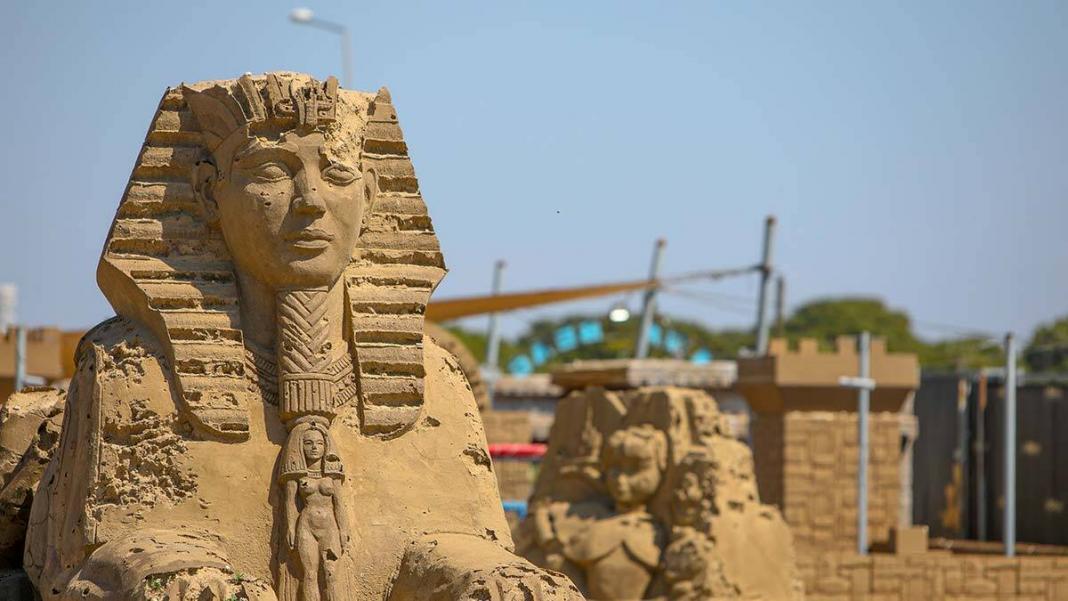 Antalya kum heykel festivali'nin teması atlantis