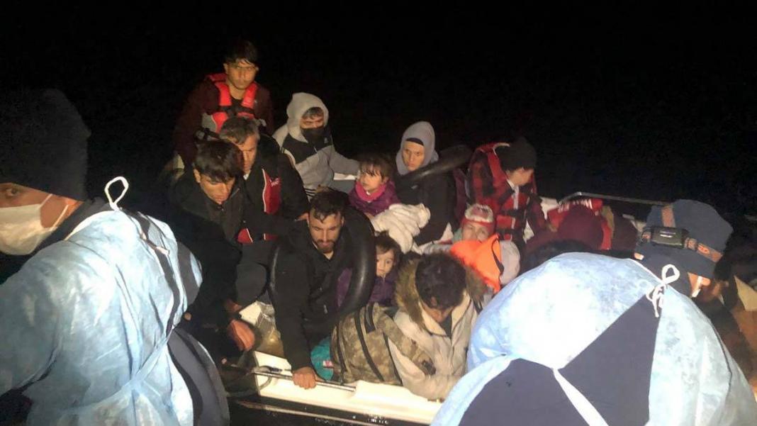 Fiber teknede 18 kaçak göçmen
