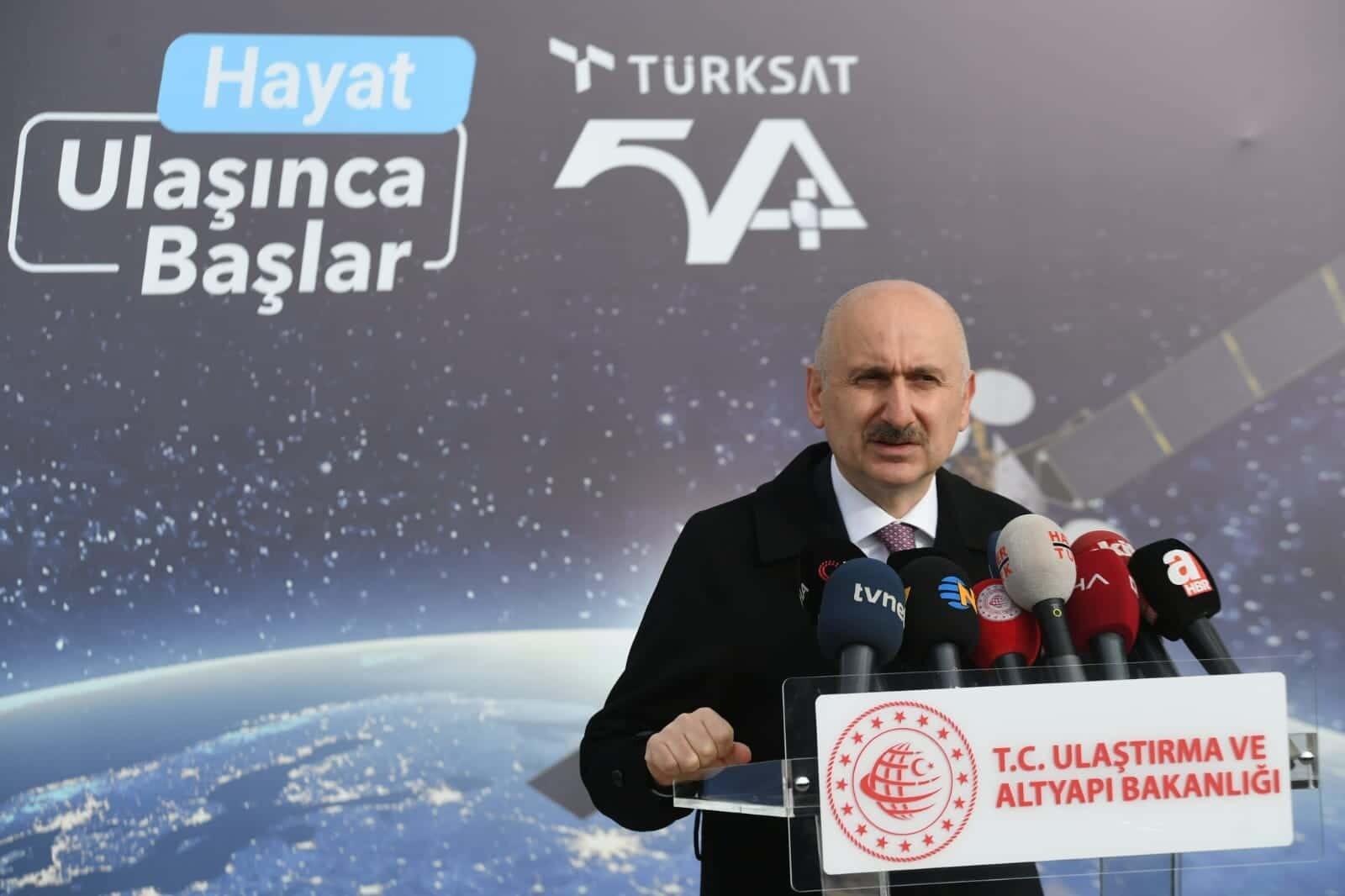 Türksat 5a yolculuğunun 4'te 3'ünü tamamladı