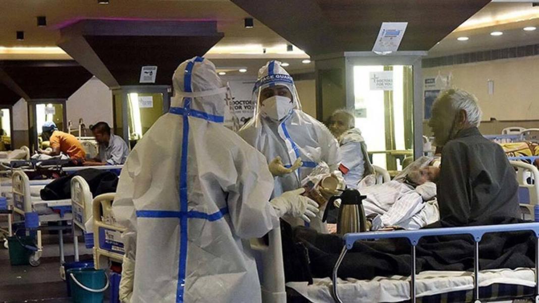 Hindistan'da koronavirüs vaka sayısında rekor