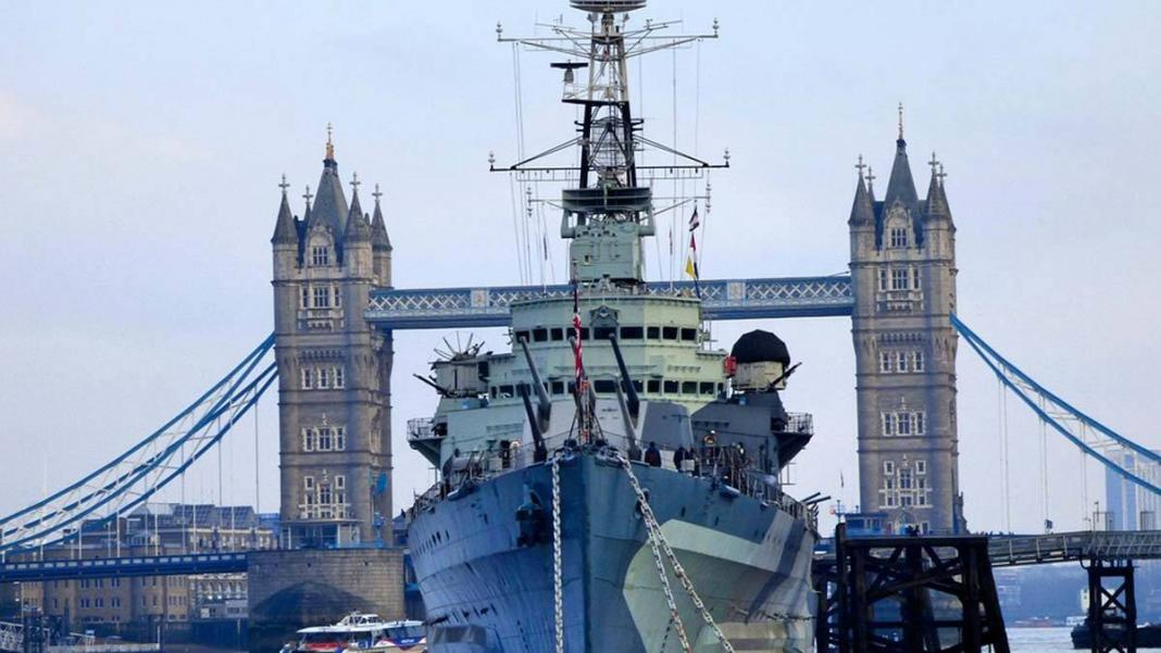 İngiltere, karadeniz'e 2 savaş gemisi gönderecek