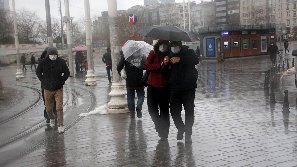 İstanbul'da yağmur etkisini sürdürüyor