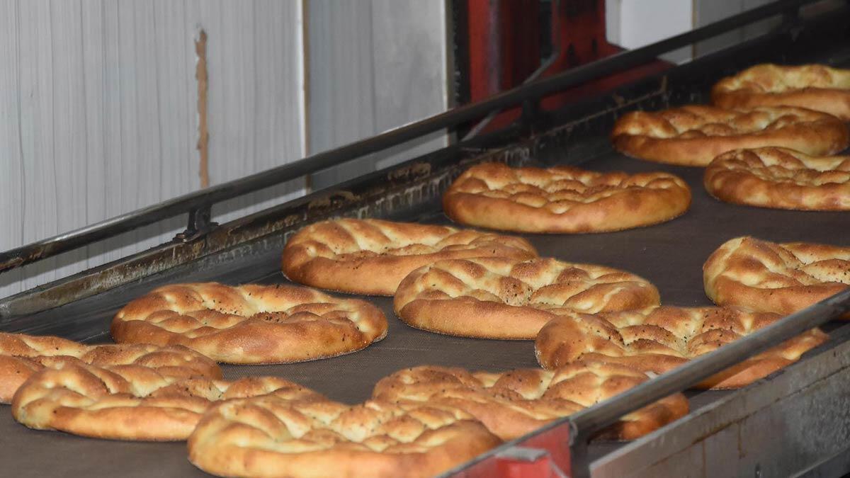 İzmir'de ramazan pidesi 3 liradan satılacak