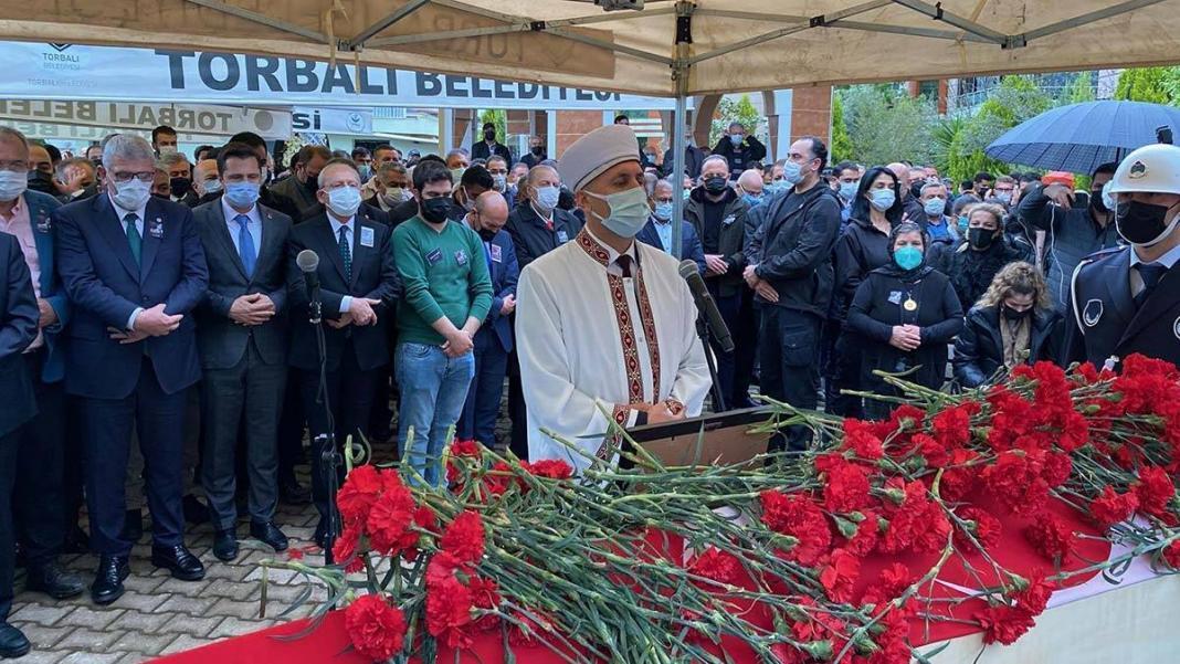 Torbalı belediye başkanı i̇smail uygur toprağa verildi