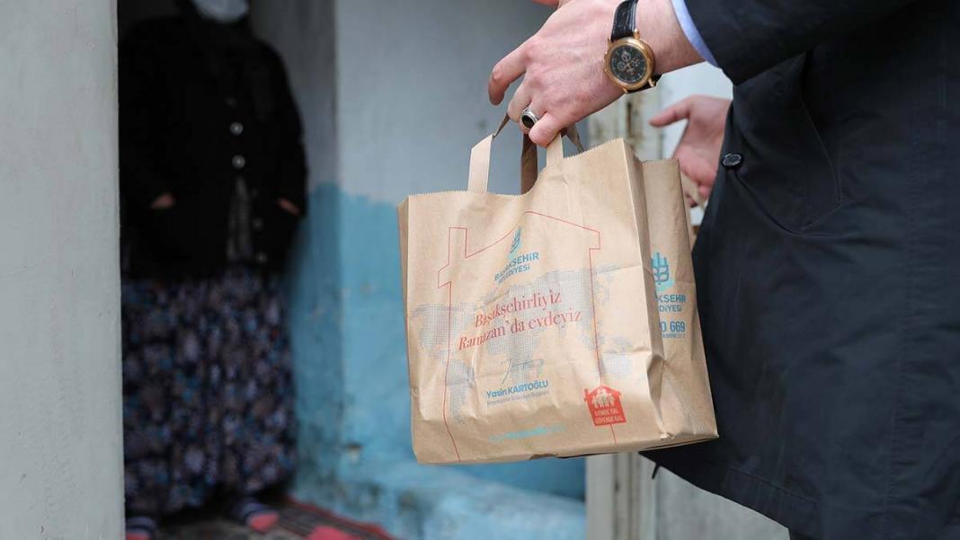 Yaşlı ve engelli vatandaşlara sıcak yemek desteği
