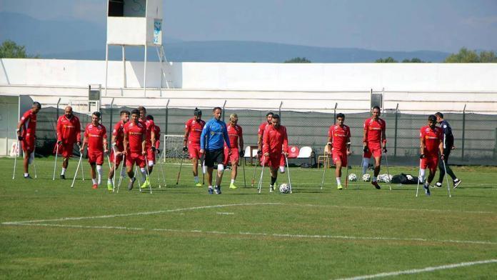 Ampute futbol milli takımı gürcistan'ı 10-0 yendi
