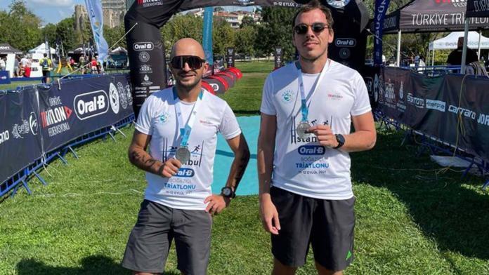 İki doktor boğaziçi triatlonu'nu 3'ncü tamamladı